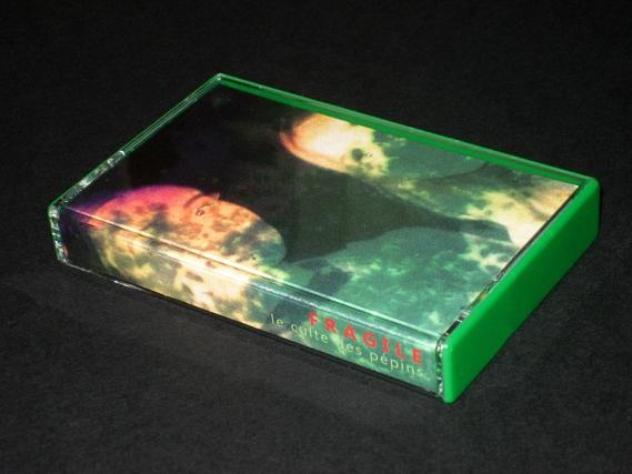 http://frissonscassettes.com/files/gimgs/th-20_cassette fragile index 2.jpg